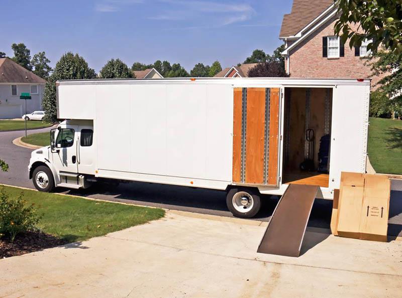 Long Distance Movers in Sherman Oaks