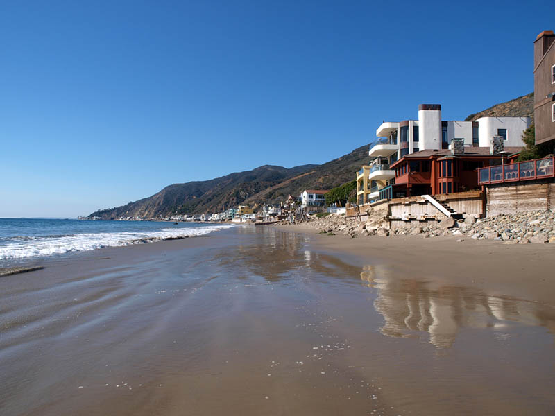 Professional Movers in Malibu